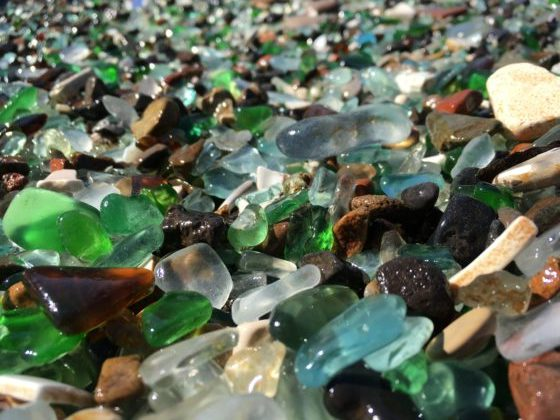 ウラジオストクのグラスビーチのシーグラス