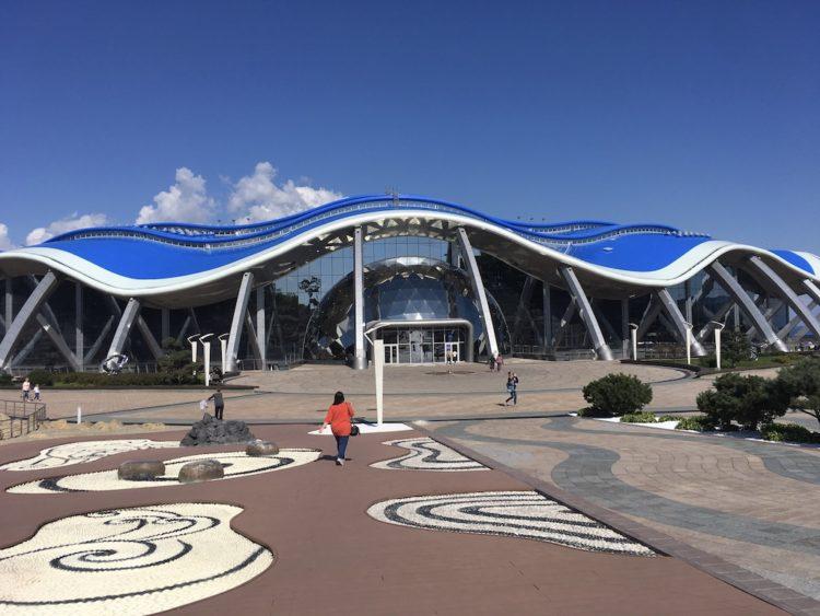 とにかく巨大なウラジオストク 水族館