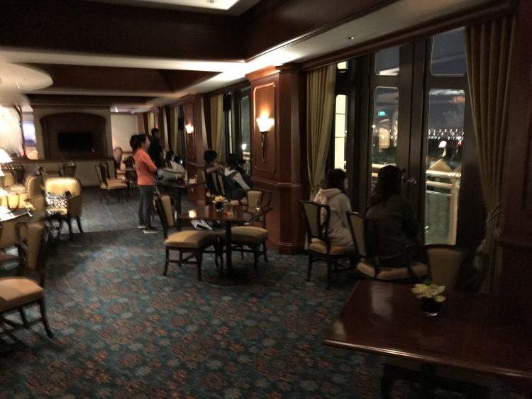 上海ディズニーランドホテル クラブレベルから楽しむスターライト・マジック