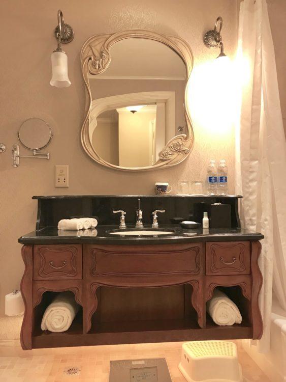上海ディズニーランドホテル クラブレベル客室部屋のバスルーム