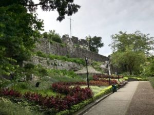 聖ポール天主堂跡からモンテの砦へ登る坂道