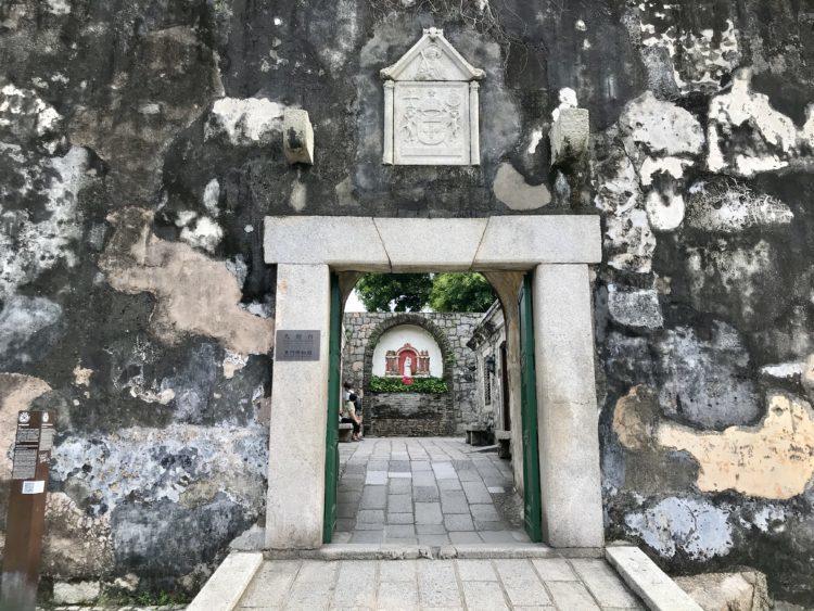 モンテの砦の入り口