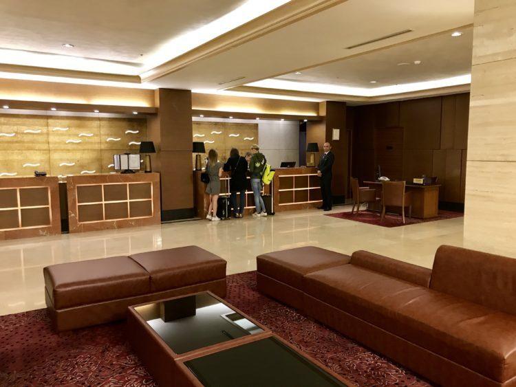 ウラジオストク ロッテホテルのメインロビー