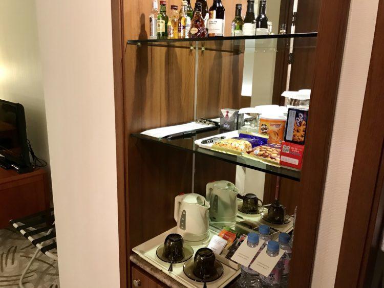 ウラジオストク ロッテホテル スタンダードダブルのミニバー