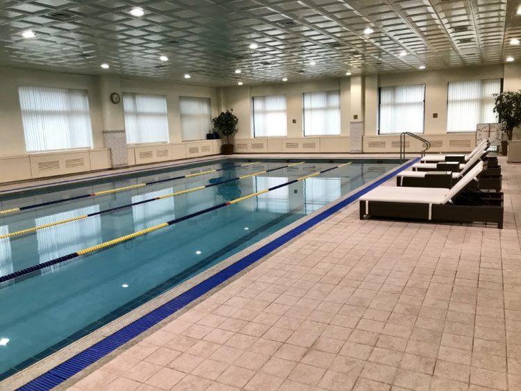 ウラジオストク ロッテホテルの宿泊料金表とプール