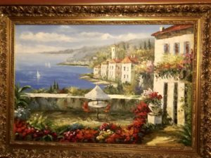 ウラジオストクの宮殿ホテルヴィラ アルテ ホテル( Villa Arte Hotel)の廊下に飾られた絵画