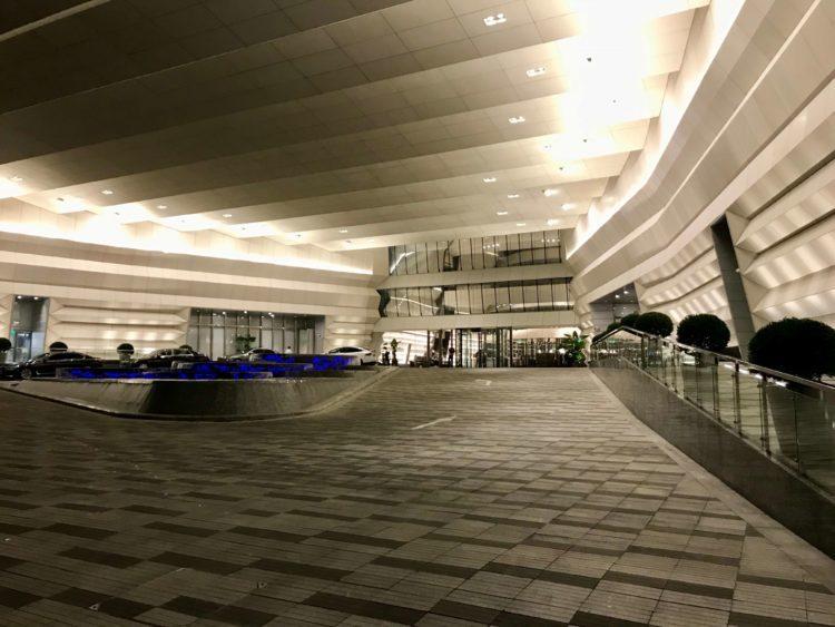 JWマリオット・マーキス・ホテル上海浦東のメインエントランス