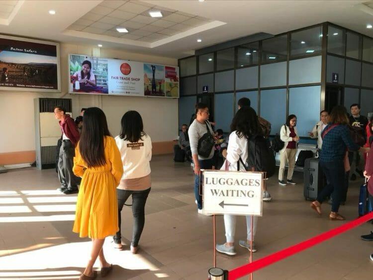 ヤンゴンから世界三代仏教遺産バガンへ向かうはミャンマー国営航空で到着したバガン空港機内預け荷物受取所