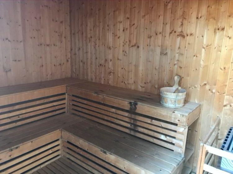 ミャンマー東屋ホテル ヤンゴンの屋上露天風呂温泉のサウナ