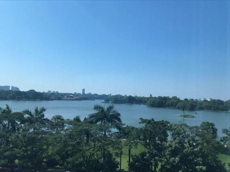 ヤンゴンでオススメインドカレー3選 第2位Indian tadkaはインやー湖を一望できるのでランチがオススメ