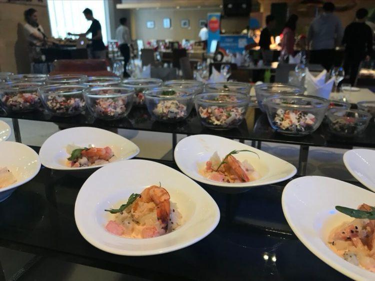 ノボテルヤンゴンマックスのサンデーブランチビュッフェのレストランのオードブル