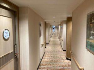 日本一周Nバン車中泊 1日目 大洗〜苫小牧フェリー さんふらわあプレミアルームの廊下