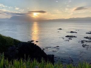 夕陽も朝日も流星も楽しめて洗濯もOK!上ノ国もんじゅに匹敵する快適車中泊ができる!弁慶岬から見た朝日