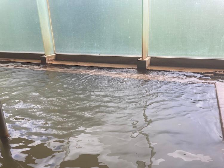 湯巡り日本一周Nバン車中泊9湯目 重油(石油)成分を含んだ温泉、豊富温泉ふれあいセンター