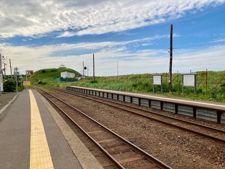 道の駅、はなやか(葉菜野花)小清水は釧路本線JR浜小清水駅を併設