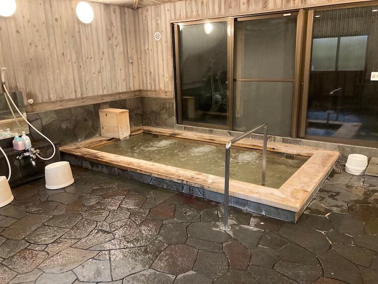 湯巡り日本一周Nバン車中泊30湯目 ホテルなはりの日帰り温泉の内風呂