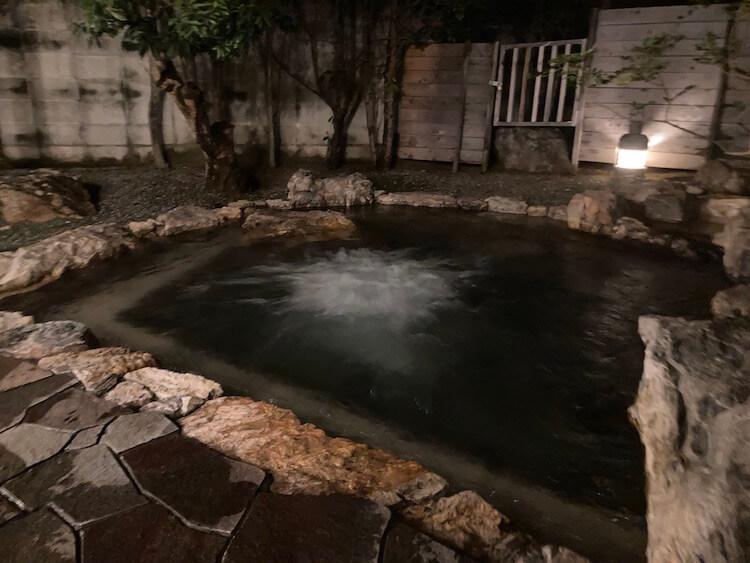 湯巡り日本一周Nバン車中泊30湯目 ホテルなはりの日帰り温泉の露天風呂