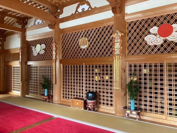 四国お遍路車中泊の旅5日目 法界山 大日寺(だいにちじ)の本堂内部
