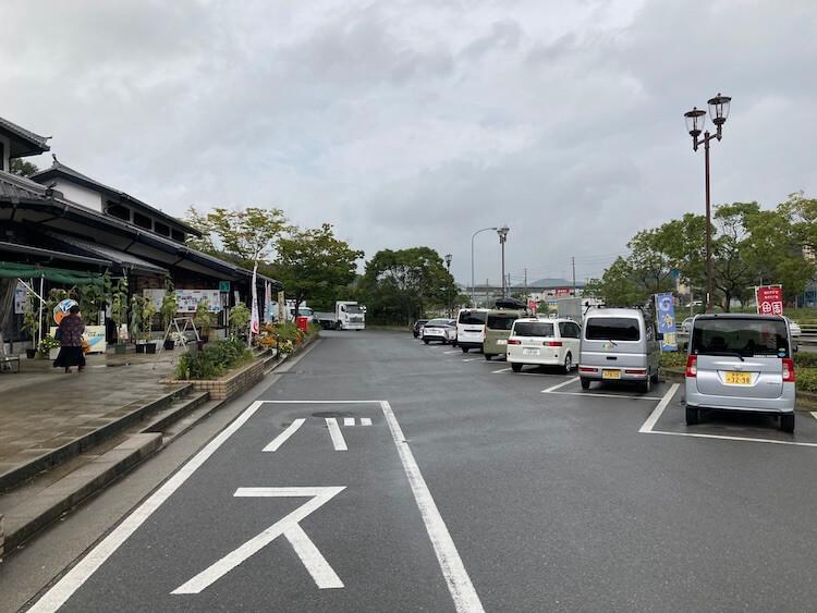 道の駅今治湯ノ浦温泉は交通量がかなり多く、車中泊するには少しうるさいかも