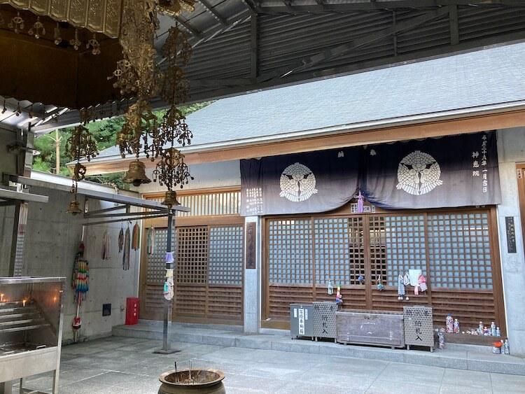 四国お遍路車中泊の旅10日目 68番札所 琴弾山 神恵院(じんねいん)本堂