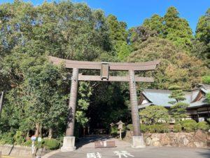 日本一周Nバン車中泊39日目 高千穂峡でマイナスイオンを浴びまくる!高千穂神社の鳥居