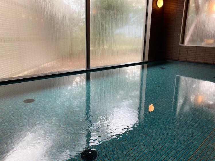 湯巡り日本一周Nバン車中泊49湯目 海洋深層水のお風呂 夢古道おわせの内湯
