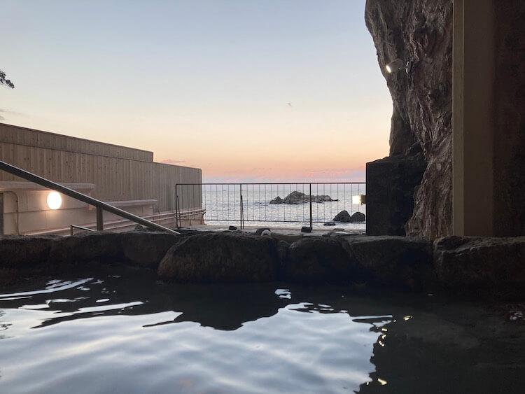 湯巡り日本一周Nバン車中泊50湯目 ホテル浦島 大洞窟風呂忘帰洞
