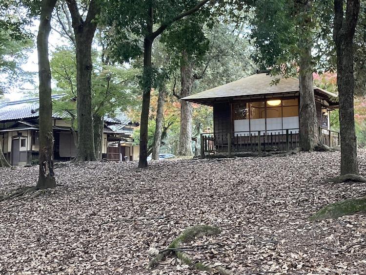 奈良公園 江戸三の離れで若草鍋を堪能