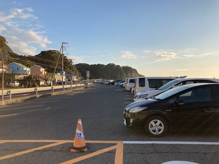 湯巡りNバン日本一周車中泊59日目 勝浦・御宿で車中泊なら部原簡易パーキング サーファーに大人気