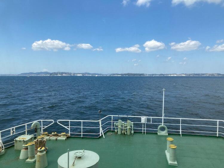 湯巡りNバン日本一周車中泊59日目 鋸山の写真をひたすらアップ 金谷港から久里浜港へ 東京湾フェリーか横須賀を望む
