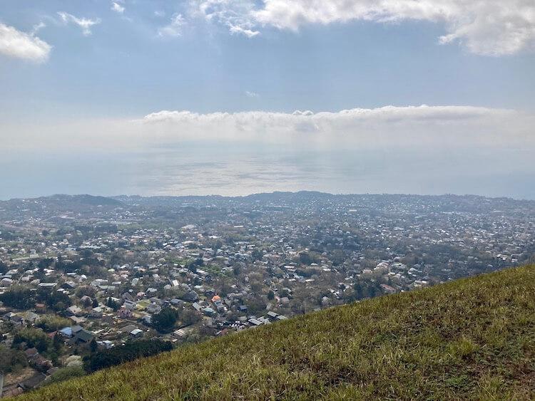 湯巡りNバン日本一周車中泊62日目 大室山から駿河湾を望む