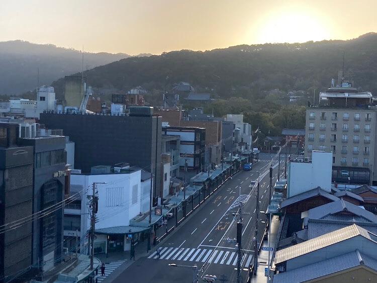 東山・祇園の街を見下ろせる7Fの絶景リラクシングスペース