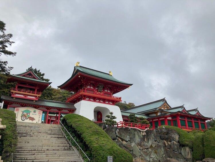 湯巡りNバン日本一周車中泊71日目 唐戸市場から赤間神宮へ