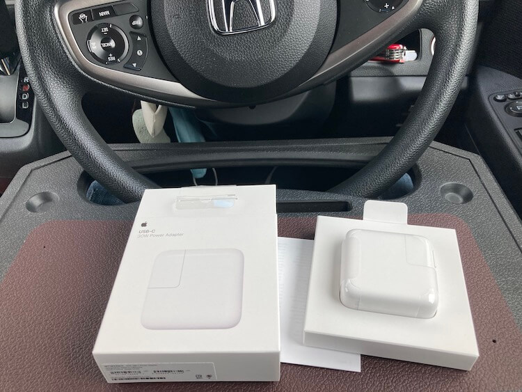 車中泊での命綱、macbookの充電アダプタを紛失。下関のヤマトd無事受取完了。