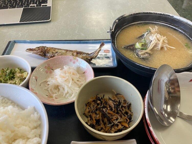 富山の本気を見てみたい!あさひ舟川「春の四重奏」に行ってみた!本気の富山を待ってタラ汁定食のランチ