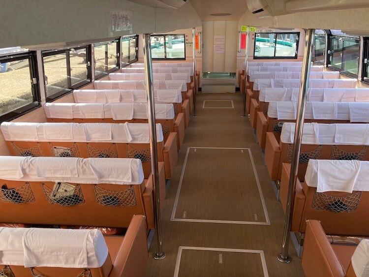 絶景の車中泊を楽しめる。道の駅笹川流れ近くの遊覧船も船内