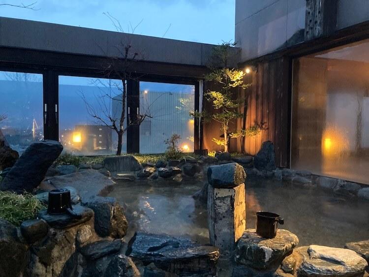 湯巡り日本一周Nバン車中泊 81湯目 ドーミーイン弘前岩木桜の湯の露天風呂