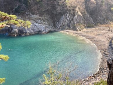 本州最後の秘境!本州最東端 トドヶ崎行く時知っておきたい4つの事 登山道からみた海も絶景