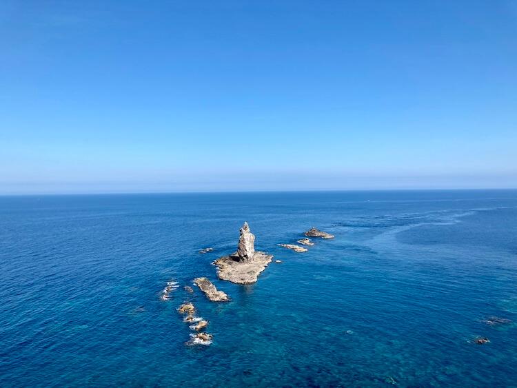 神威岬でドローン空撮に挑戦!!神威岩から神威岬を撮影。神威岩