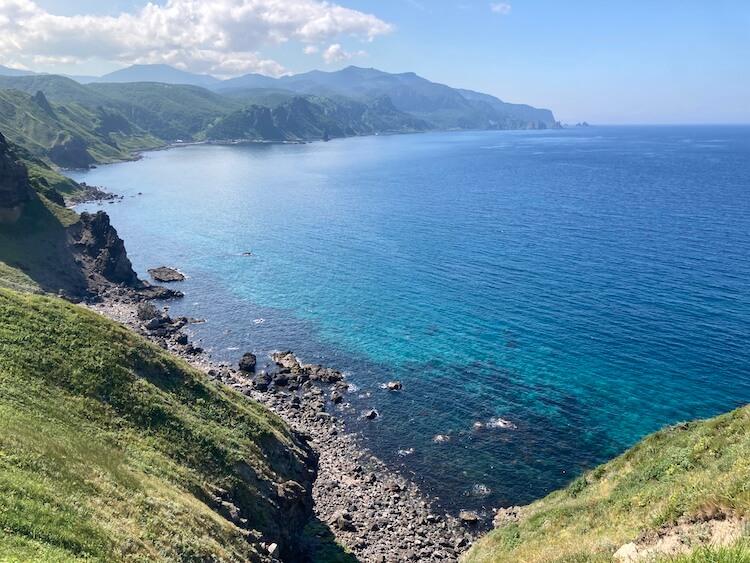 神威岬でドローン空撮に挑戦!!神威岩から神威岬を撮影。