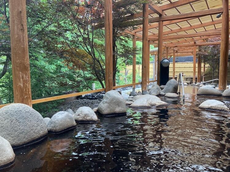 湯巡り日本一周Nバン車中泊 95湯目 十勝幕別温泉グランヴィリオホテル 華のゆの露天風呂